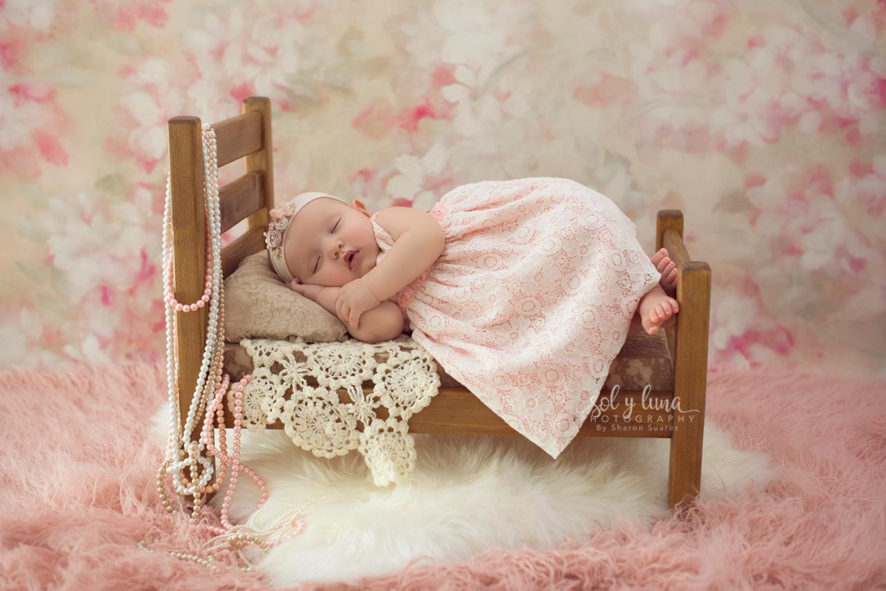 Babyfotoshooting Blumenbett