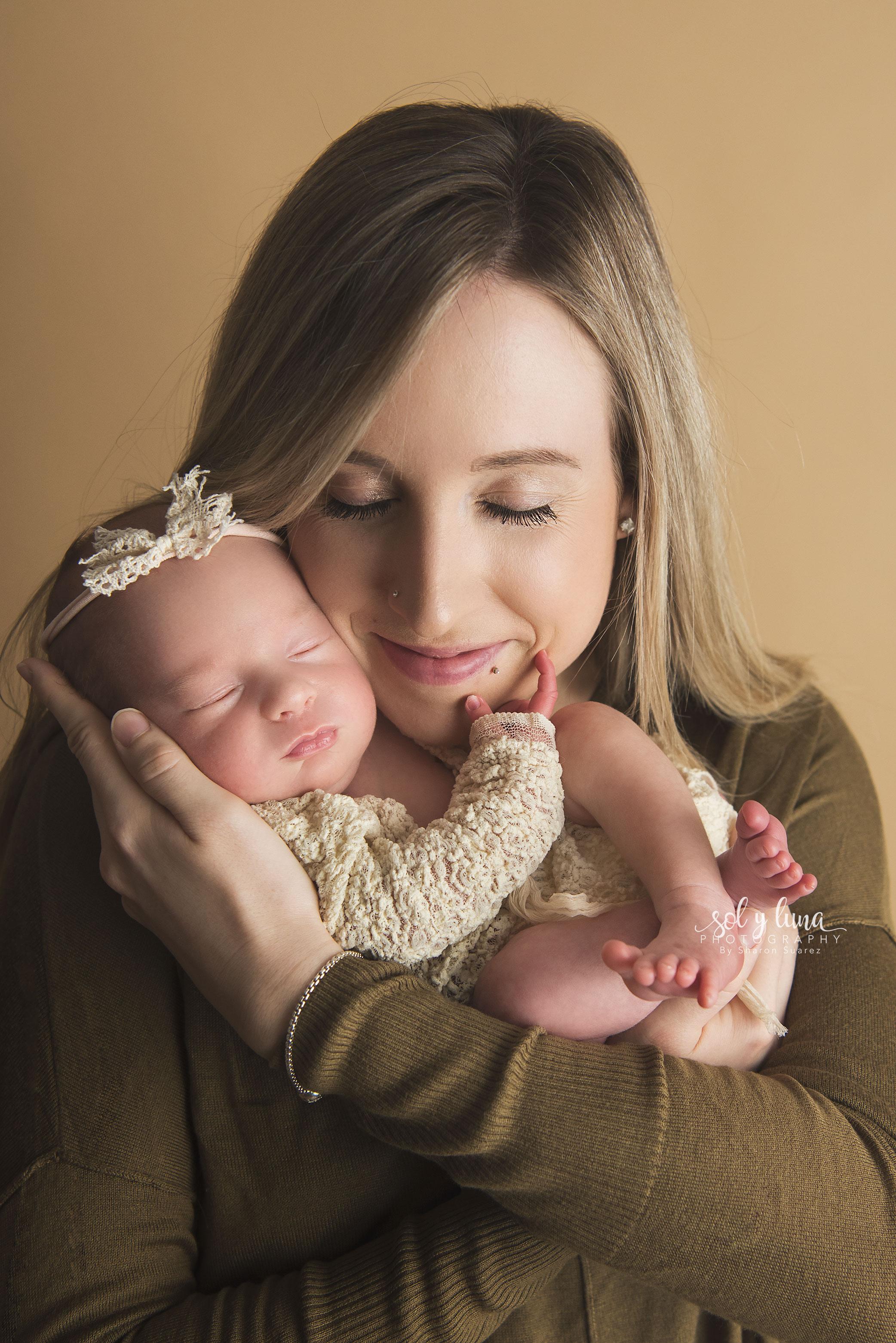 Newborn Fotoshooting Sol y Luna Photography
